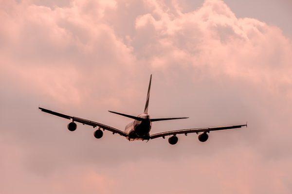 aircraft-1526567_640 (1)