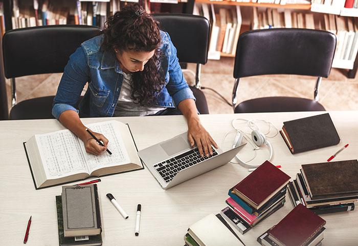 Lerntipps   Foto: Solis Images/Shutterstock
